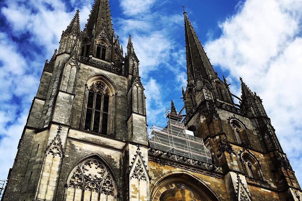 Vue de la Cathedrale Sainte Marie de Bayonne.