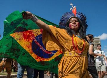 A luta dos povos indígenas para sobreviver nos dias atuais