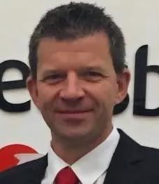 Alexander Strätz, UniCredit Bank