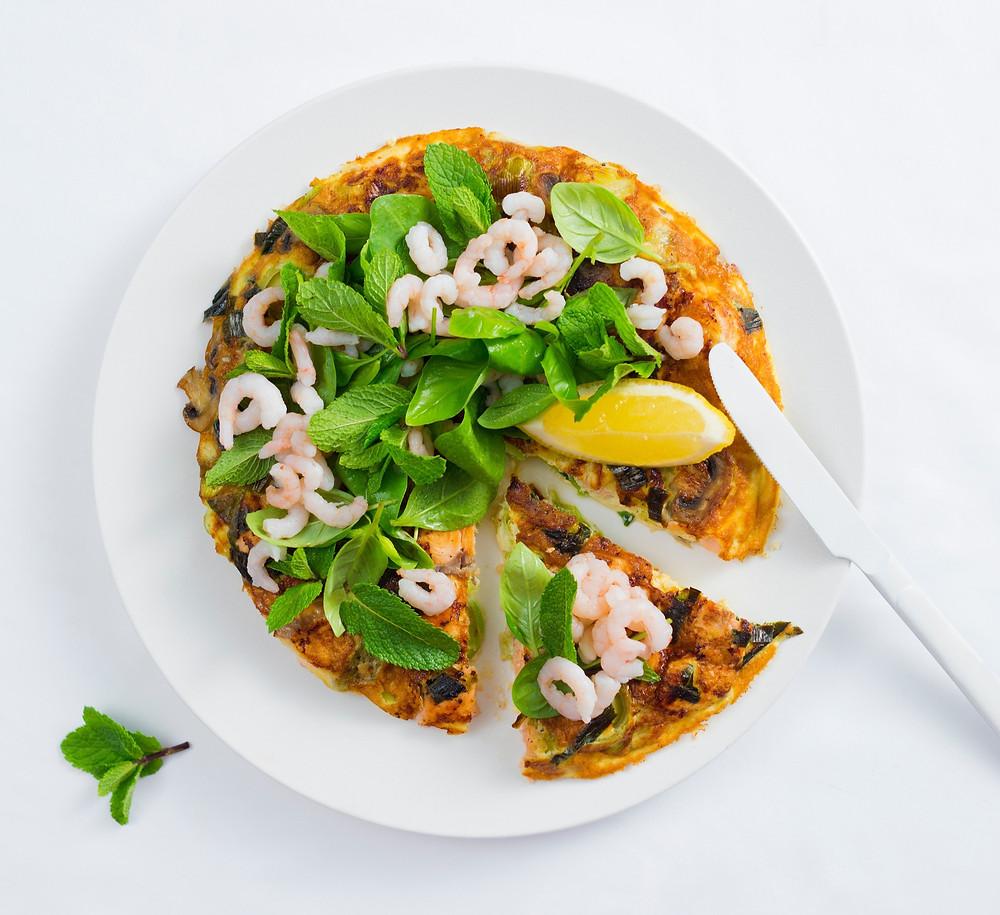 Omletas su lašiša, krevetėmis, omletas pica, Alfo receptai, pusryčių idėjos, pusryčių patiekalai
