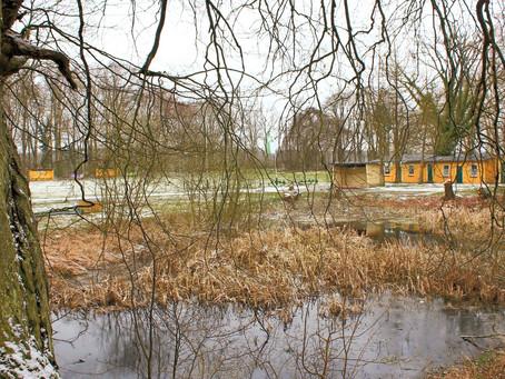 Still ruht der See. Der Sportplatz auch.