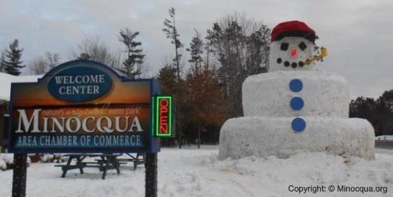 huge snowman in Minocqua WI