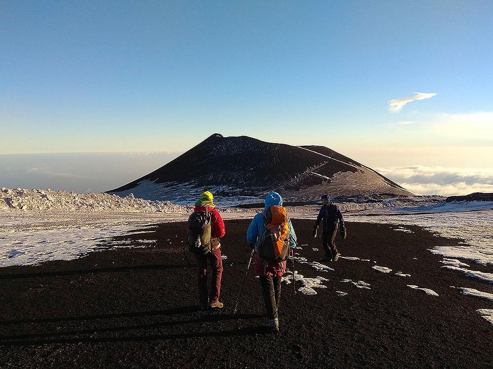 Склоны Этны, кратер Montagnola, 2648м