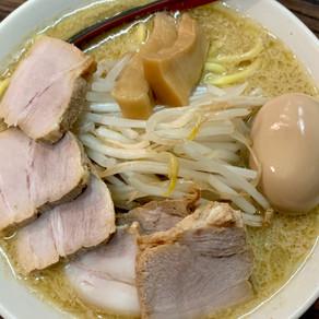Hanamichi mostra que conhecer bem o lámen em Tóquio exige sair da rota turística
