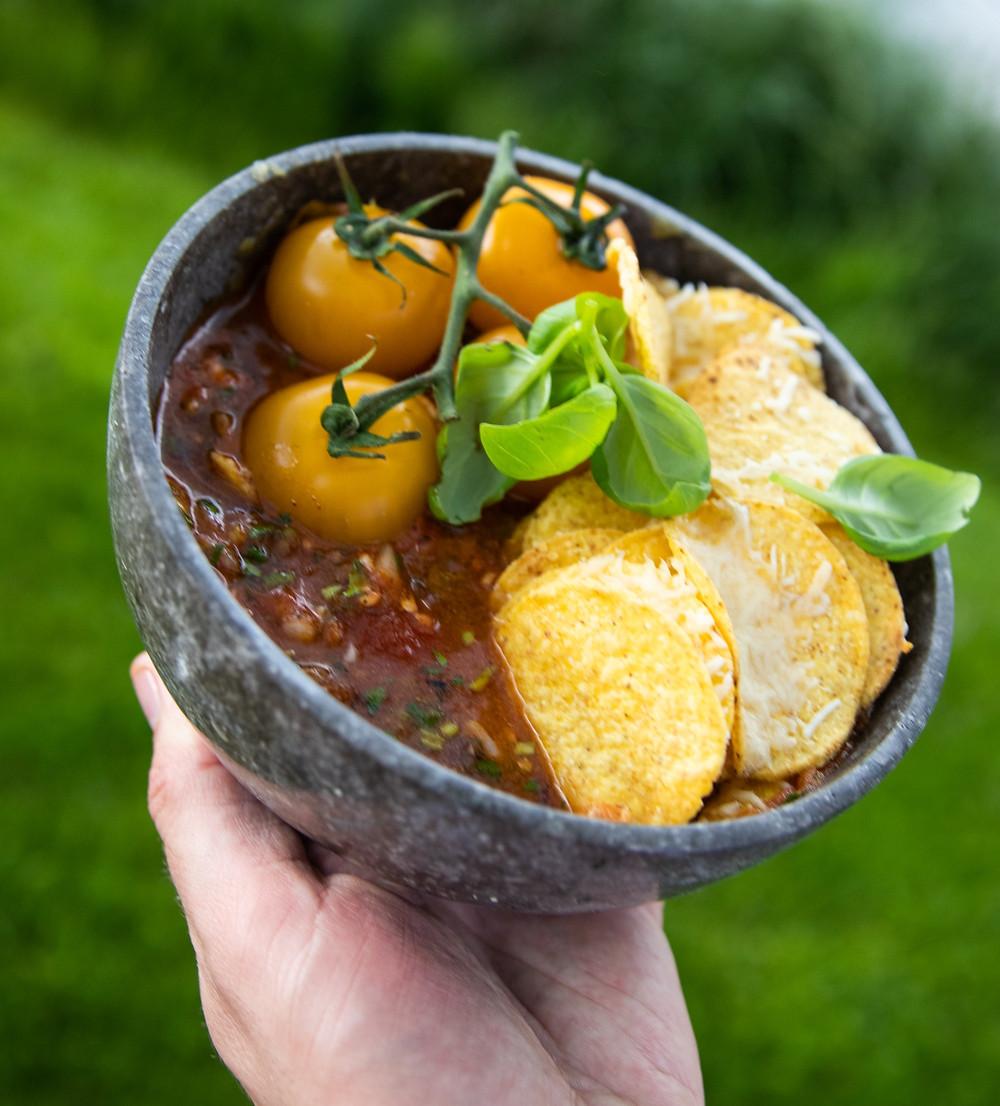 aštri pomidorų sriuba, grilio patiekalai, Alfo Ivanausko recepai, grilio idėjos