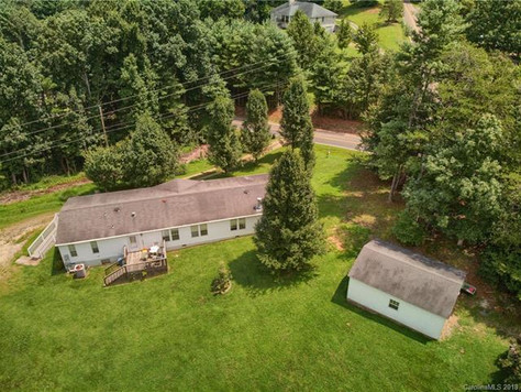 220 Palmer Ford Road, Weaverville, NC 28787