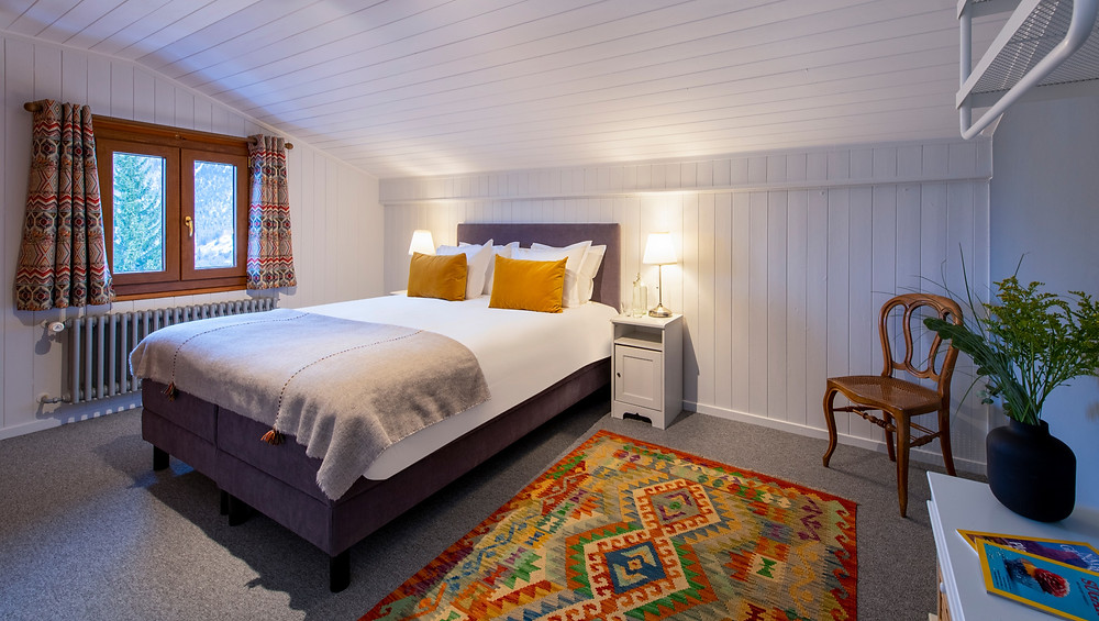 Fresh, newly renovated rooms