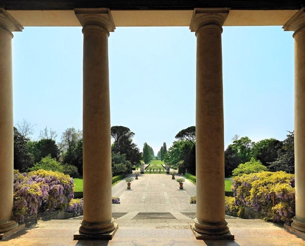 Villa Emo Colonnade, Palladian architecture, Andrea palladio, gary paul, classical architecture, italian villa, classic farm house