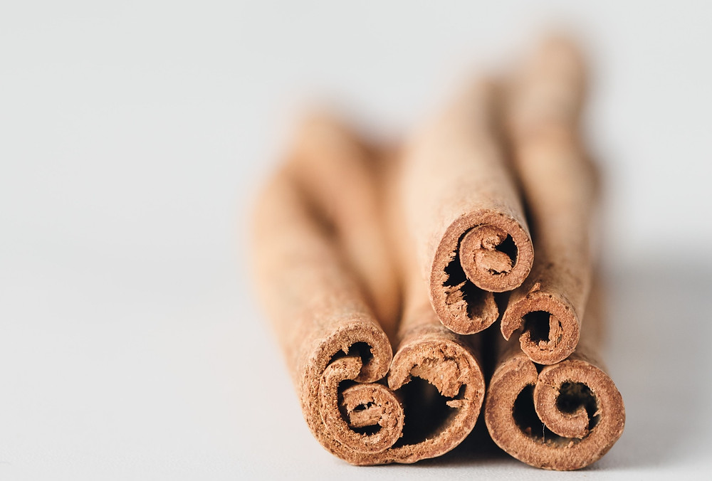 Cinnamon (kayu manis)