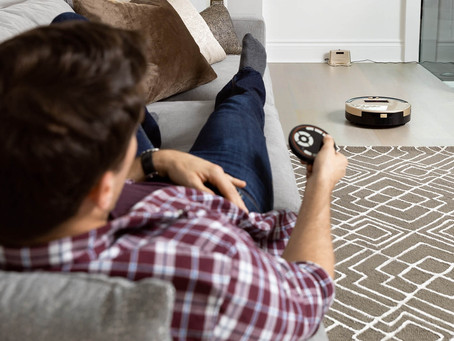 5 Useful Tips to Help You Choose the Right Robot Vacuum for Him