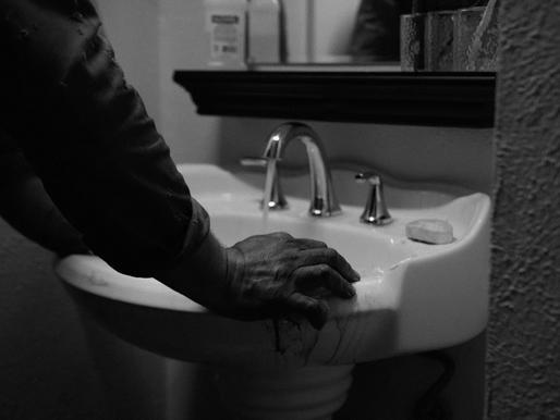 Manos De Oro - Short Film Review