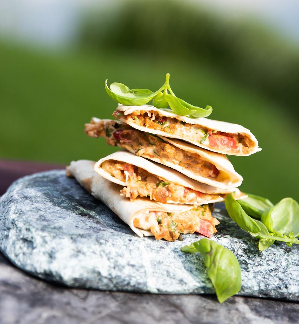 vegetariška tortilija, Alfo Ivanausko receptas, vmgonline.lt , grilio idėjos, grilis, BBQ, vegetariškas grilis