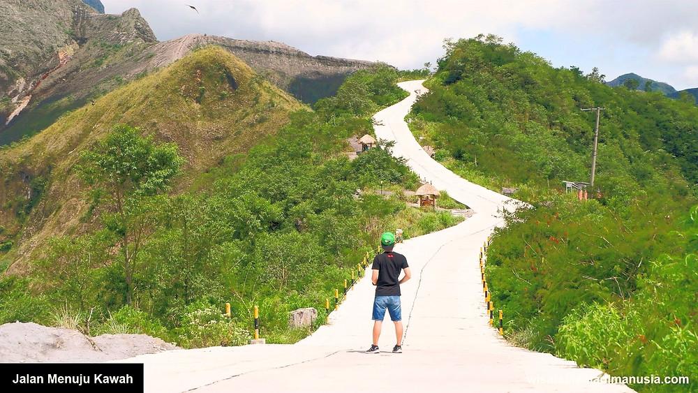 Jalan Menuju Kawah Gunung Kelud
