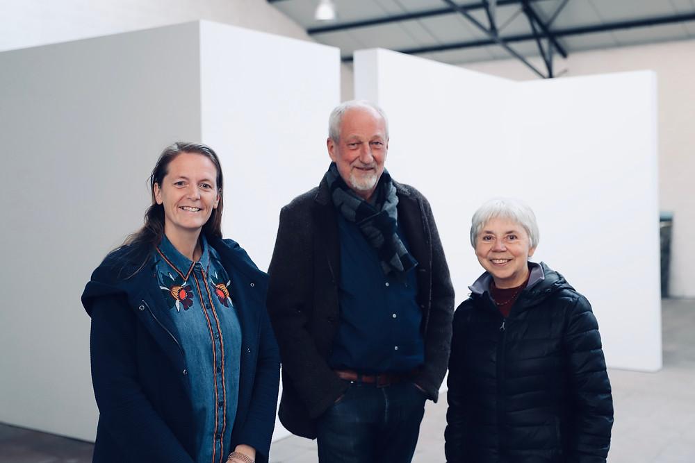 Patricia Waerniers met organisator Sjoerd Osinga en gastvrouw Liesbeth Vandeweghe