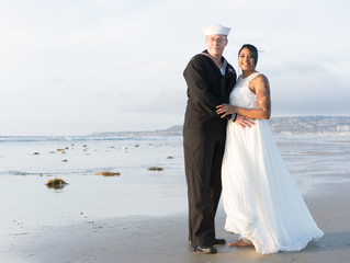 Sweet small wedding at Mission beach  | Andrew + Cristan | SAN DIEGO WEDDING PHOTOGRAPHER
