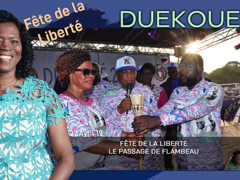 DUEKOUE : FÊTE DE LA LIBERTÉ, LE PASSAGE DU FLAMBEAU.