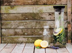 Lemoniada z lawendą - przysmakiem lata