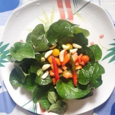 Houttuynia cordata or Fish-mint Leaves chutney recipe