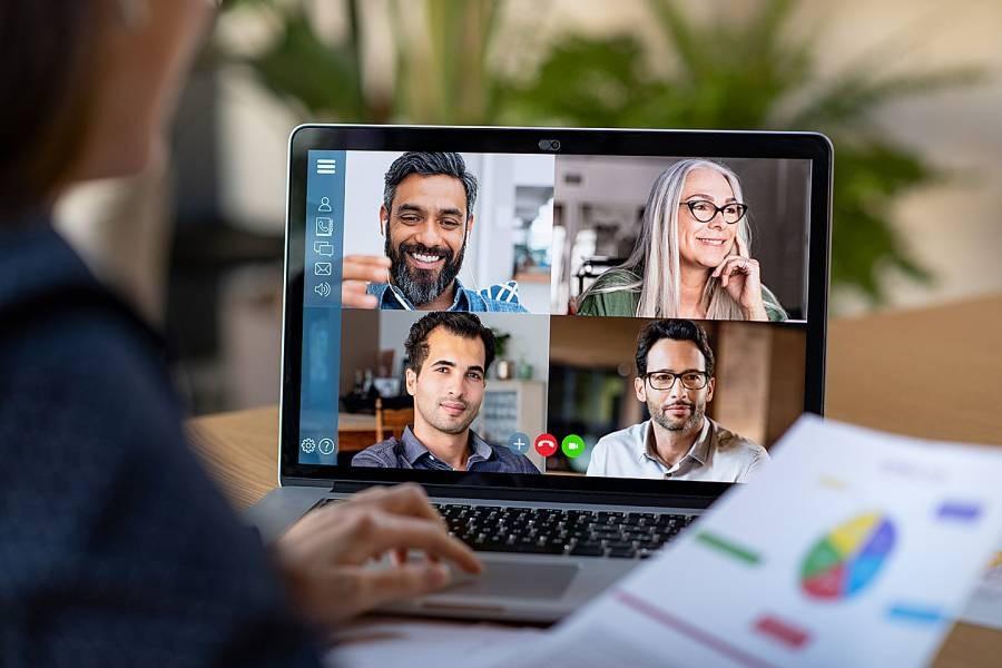 encouraging-virtual-meetings-among-the-staff