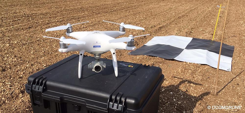 Drone DJI Phantom 4 Pro v2 DCOMDRONE utilisé pour des prestations drone en agriculture de précision - Phénotypage sur des micros parcelles