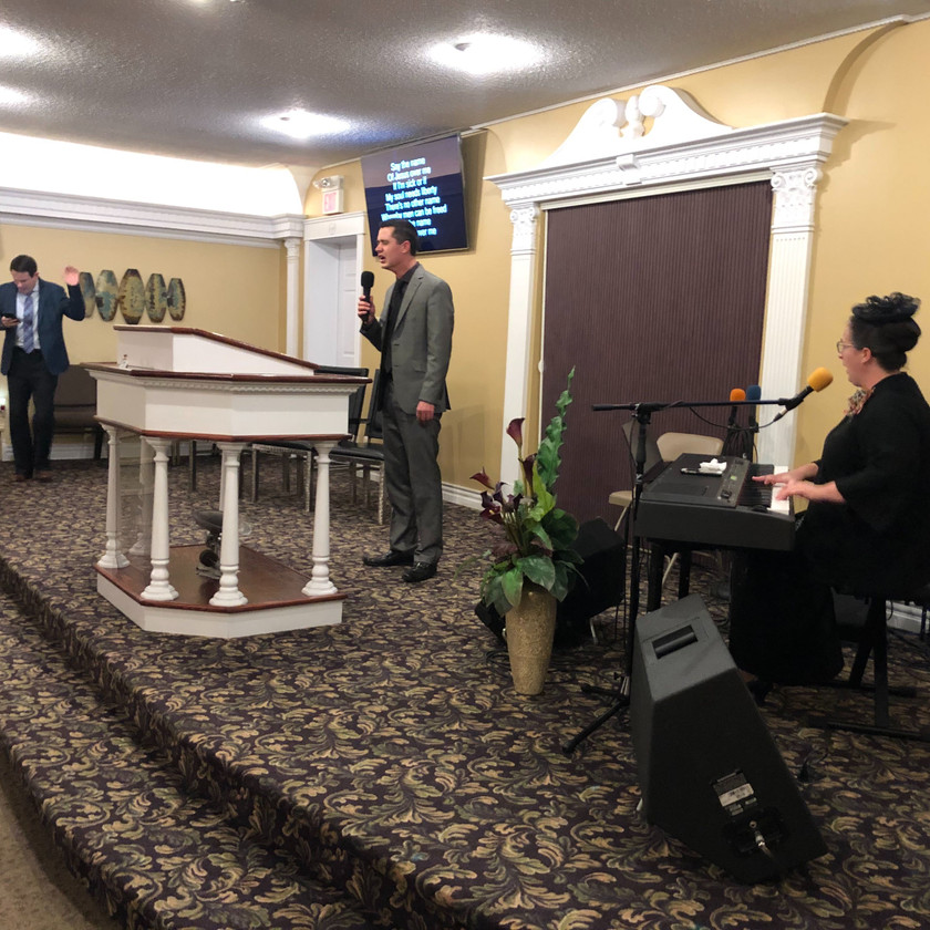 Bro Ben Williamson leading a POWERFUL worship service! Say The Name of Jesus Over Me!!!