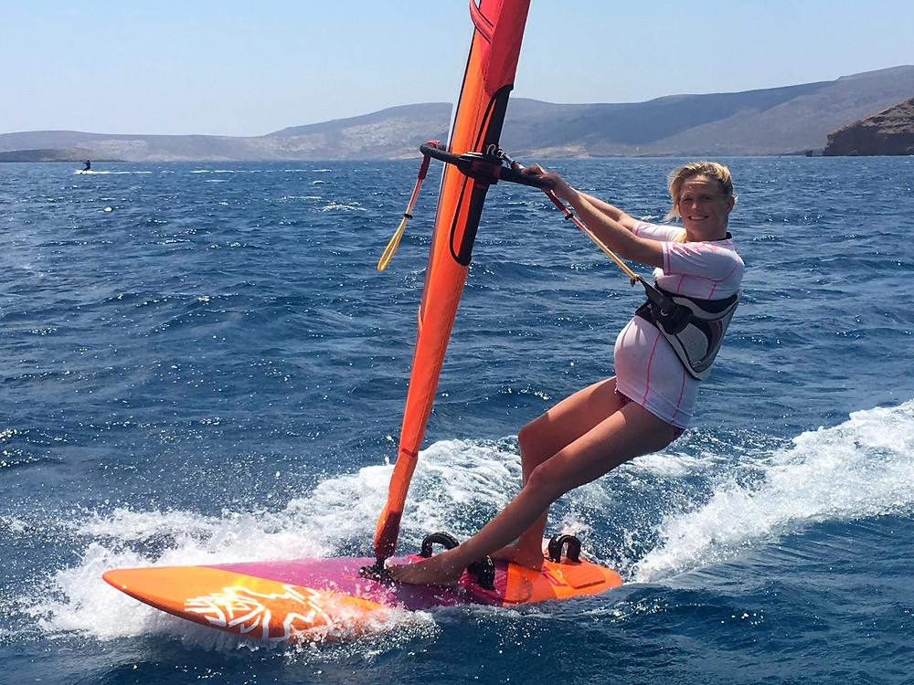 Danielle Lucas windsurfing during her pregnancy