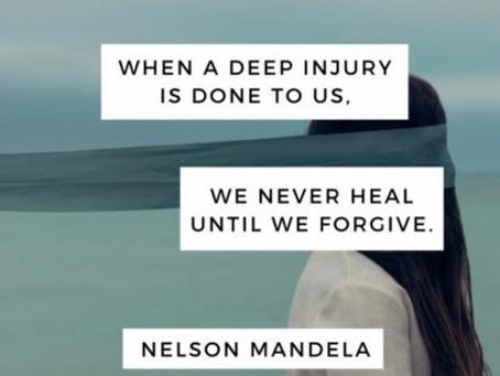 Tilgivelse er den største hjerteåbner❤️Bitterhed , vrede, sorg og nag gør os svage .....