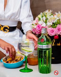 TANQUERAY pays homage to South African foodies with their exciting new #TANQUERAYFOODIE campaign.