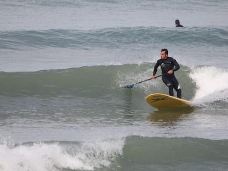 Interview avec Matthieu et John, moniteurs de Surf à la Base Nautique