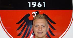 Adler fragt.. Alex Konradi