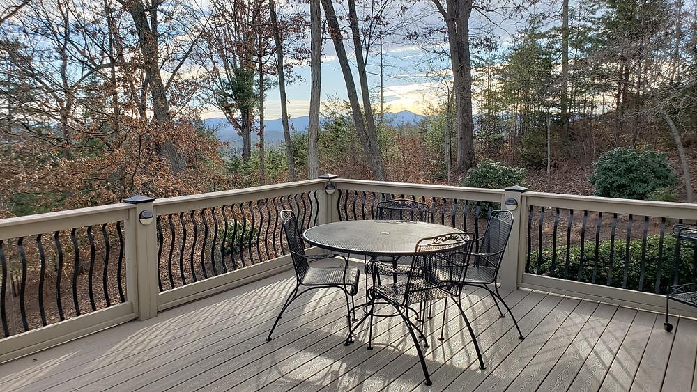 532 Sweetspire Ridge deck