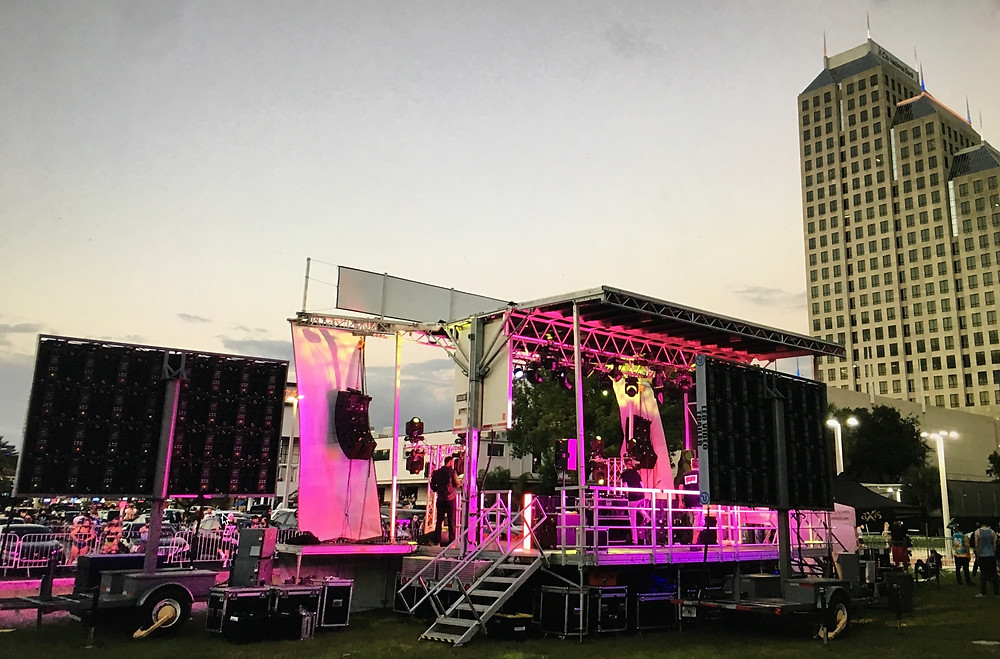 Mobile Stage Rental • StagelineSL100
