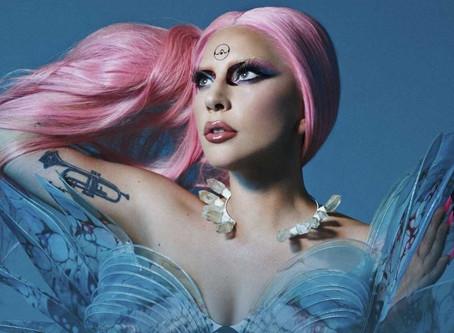 """Lady Gaga nos presenta un corto para  promocionar """"911"""" su más reciente sencillo💿🎶"""