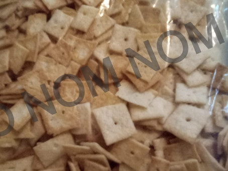 Cheez-Nom Crackers