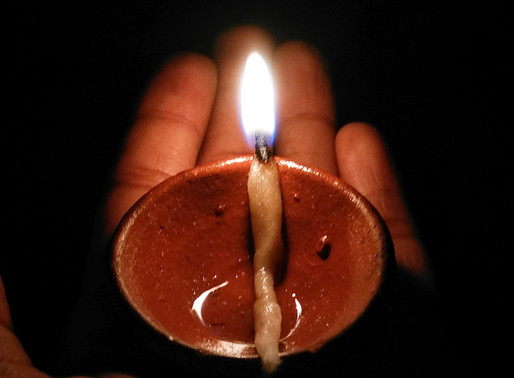 נרות החנוכה – זמן טוב לתירגול מיטיב