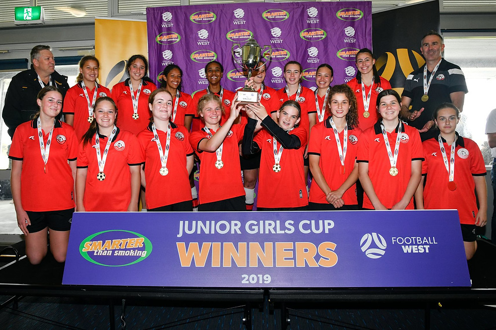 Picture of Redbacks U16's squad after their cup win