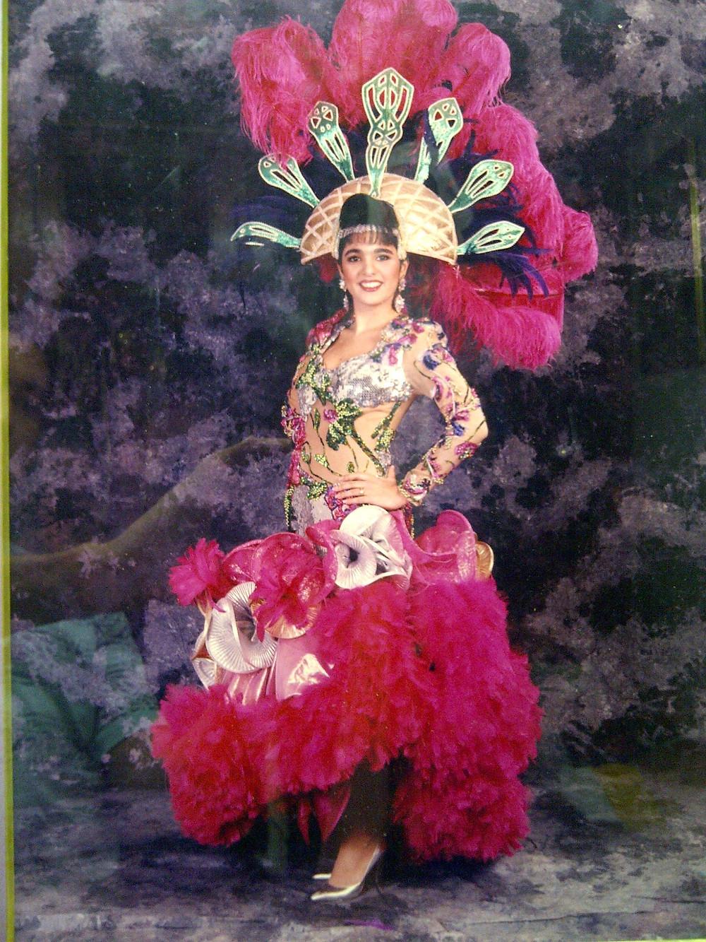 """""""Embrujo gitano"""" es el nombre del vestuario que lució en su Carnaval"""
