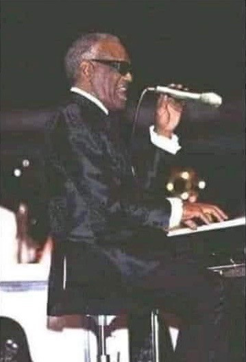 Ray Charles backwards mic