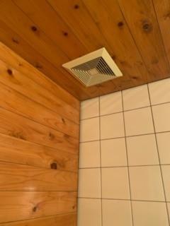 目黒区にて 浴室暖房乾燥機設置工事
