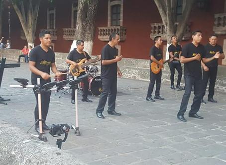 Grupo Recuerdo graba video en Morelia