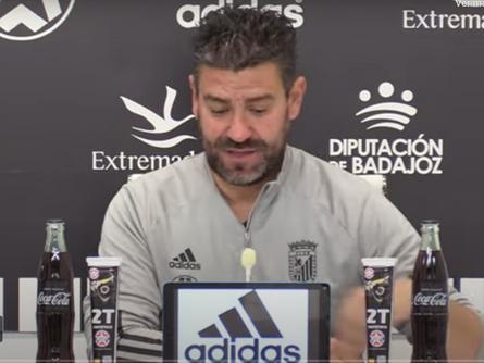 Declaraciones de Fernando Estévez, entrenador del CD Badajoz tras el CD Badajoz 5 CP Villarrobledo 3
