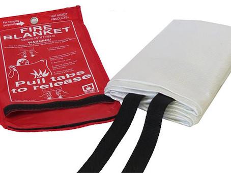 """Cara Menggunakan """"Fire Blanket"""""""