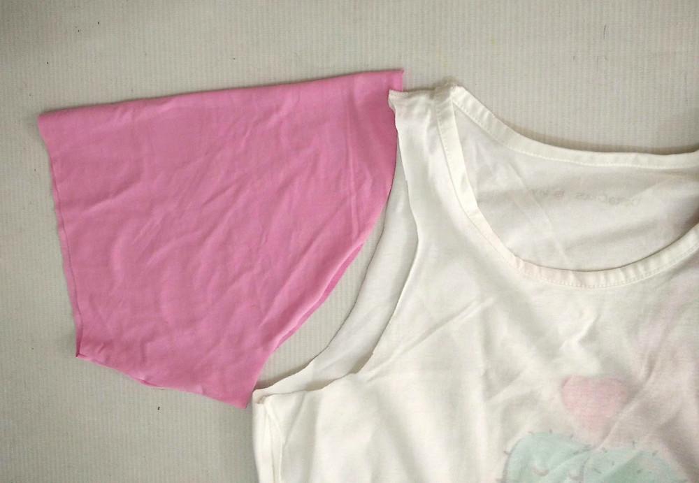Sleeveless tank top with sleeve