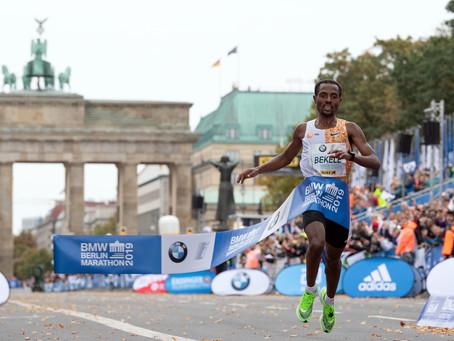 """""""Não tive sorte"""" Kenenisa Bekele por apenas 2s não bateu o recorde mundial na Maratona de Berlim"""