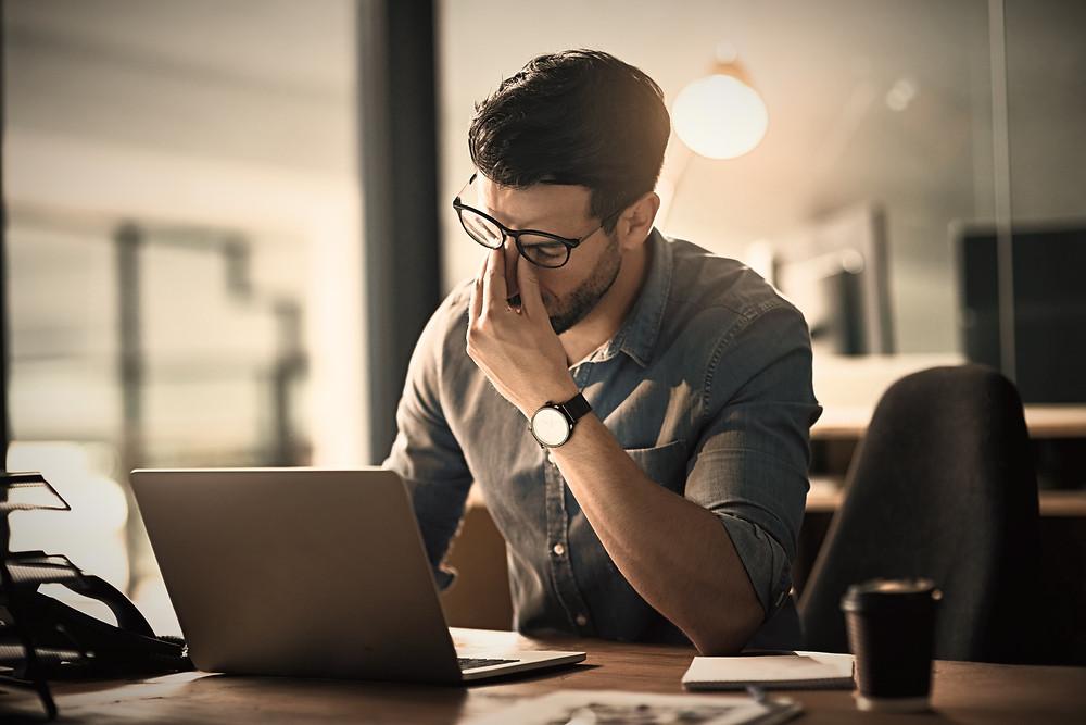 Mal-être au travail entraîné par une perte de sens peut conduire au burn-out