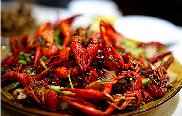 """เมื่อ อาหารเสฉวน บุกสหรัฐ สไตล์ """"American Chinese Food"""""""