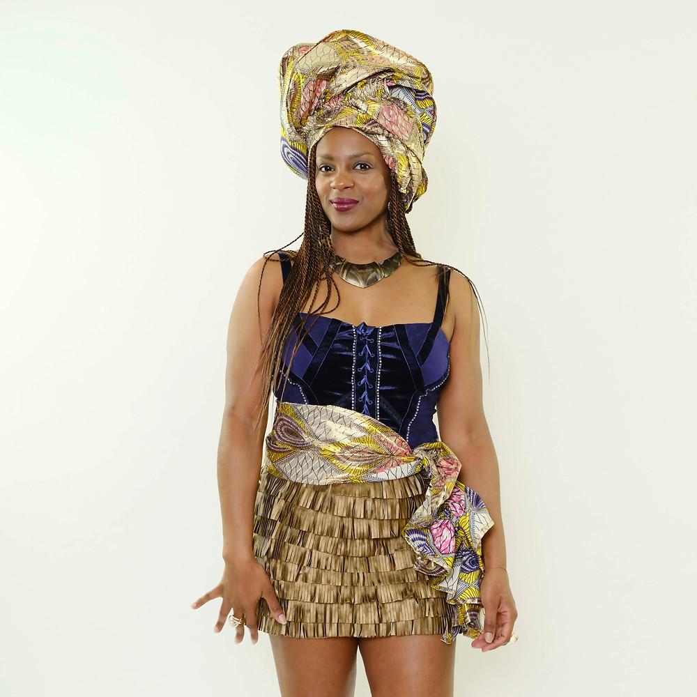 Model in Xonopia Xun-Tye head wrap and waistband