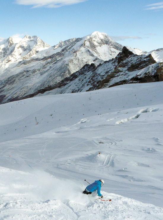 3- Glaciar de Saas Fee. Donde siempre es invierno y la nieve desde septiembre hasta junio suele ser fría y seca.