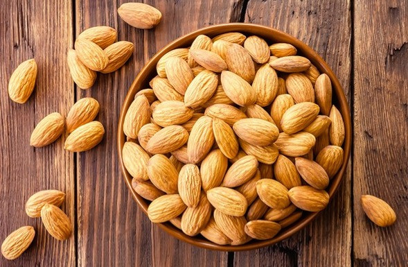 Almonds for a Healthy and Beautiful Skin