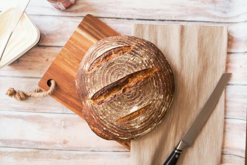 כל מה שאת צריכה לדעת על לחם - אלמוג גולד